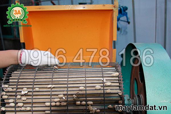 khung sàng của máy tách vỏ lạc khô 3A3Kw